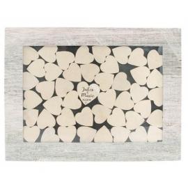 Cadre avec 45 coeurs en bois